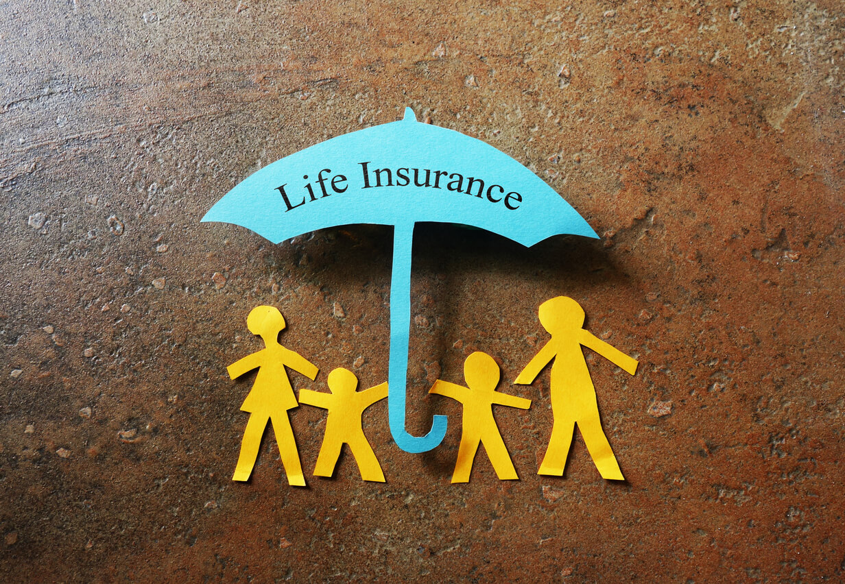 paper family with life insurance umbrella